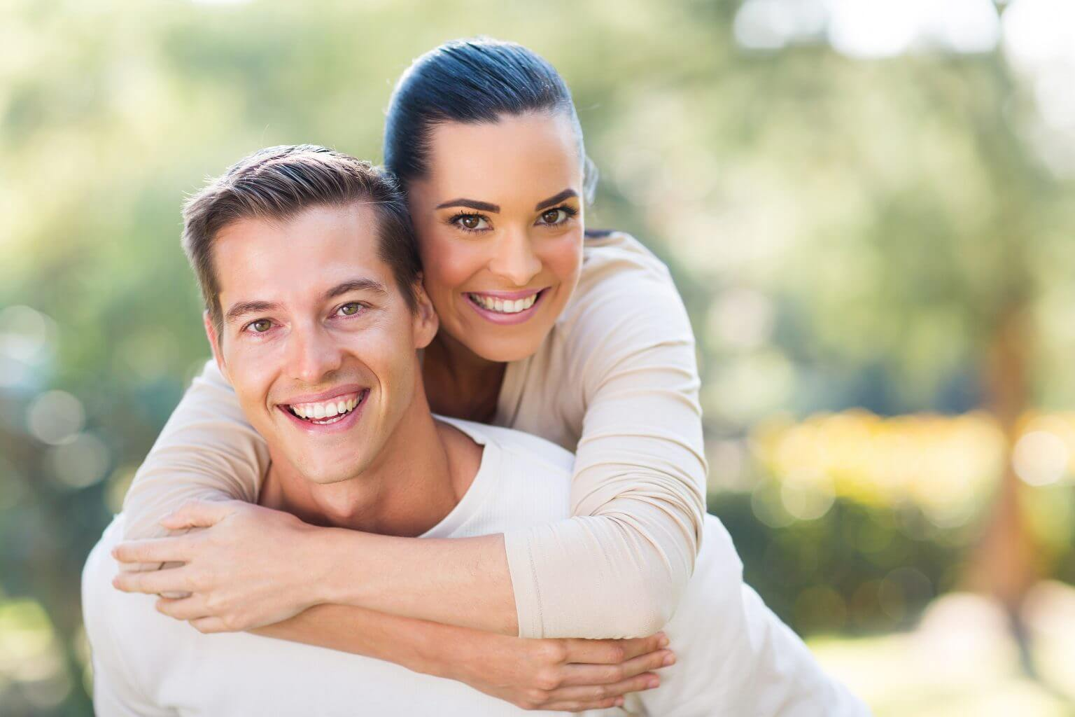how to find the right cosmetic dentist for you